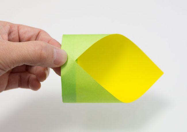 筒紙飛行機の折り方