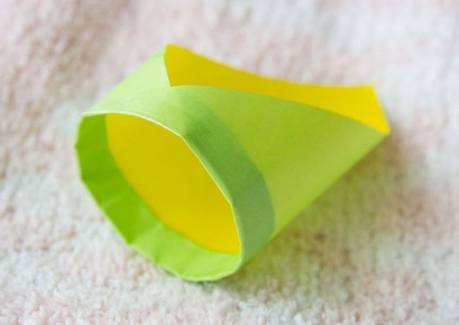 リング型紙飛行機