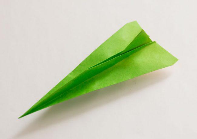 紙飛行機「やりジェット機」