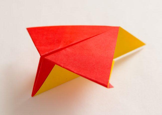 紙飛行機「カイト」