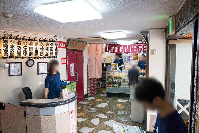 浅草演芸ホール ロビー